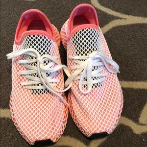 Women's Adidas sz 9